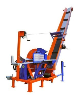 [Tractor 3pt. Buzz saw with 4m conveyor Picture # 1]