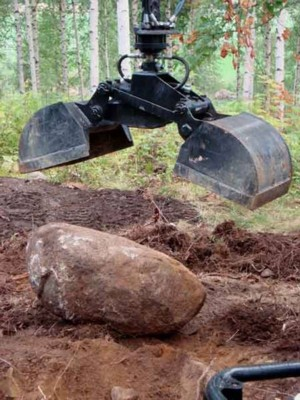 [Earth bucket for ATV log loading crane Picture # 1]