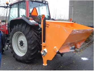 [Hydromann 3pt self loading broadcast sand spreader Picture # 1]