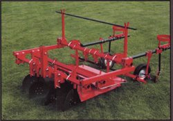 VC48994 - Eastern Farm Machinery