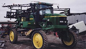 [PRECISION SERIES III BOOMS - 90' double fold, 54 nozzle bodies for John Deere 4700 Picture # 1]